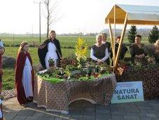 Natura Senat in ritual pozdrava soncu